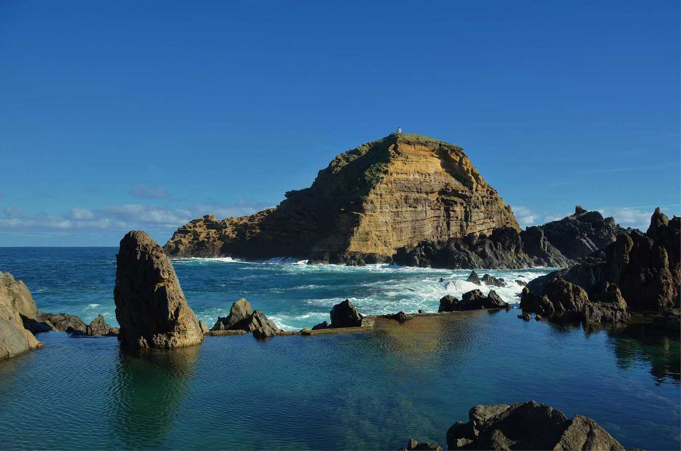 Natural lake pools in Porto Moniz