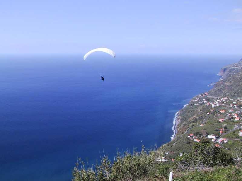 Paragliding - Arco Da Calheta