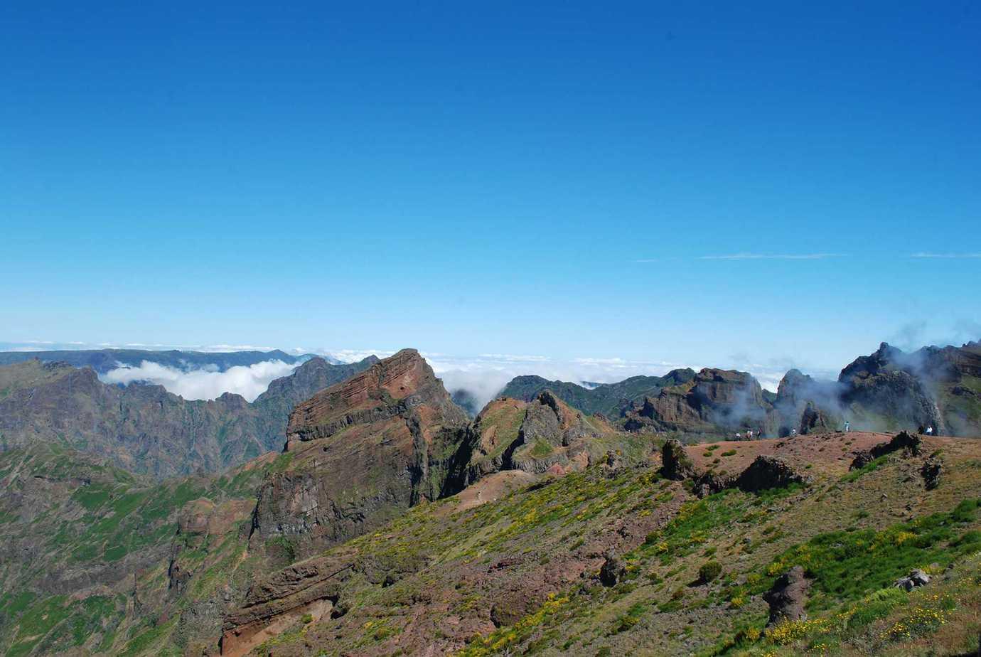 Pico de Areiros