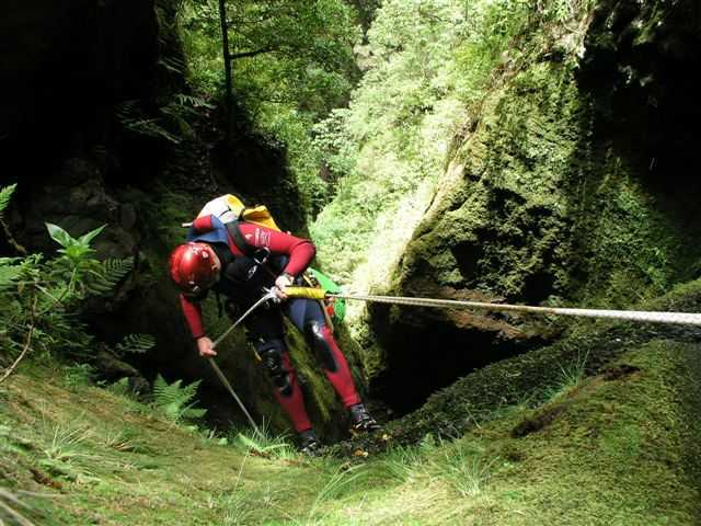 Canyoning in Seixal